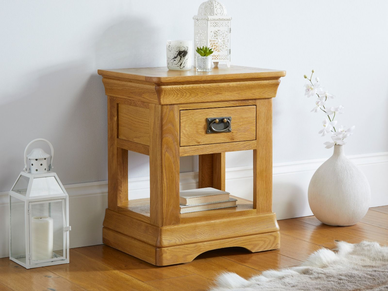 Farmhouse 1 Drawer Oak Lamp Table Fully Assembled