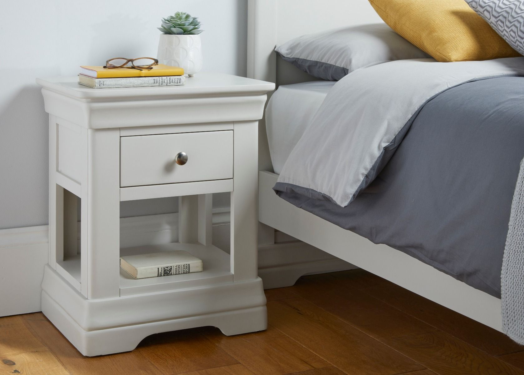 Toulouse Grey Painted 1 Drawer Bedside Table Fully Assembled Top Furniture