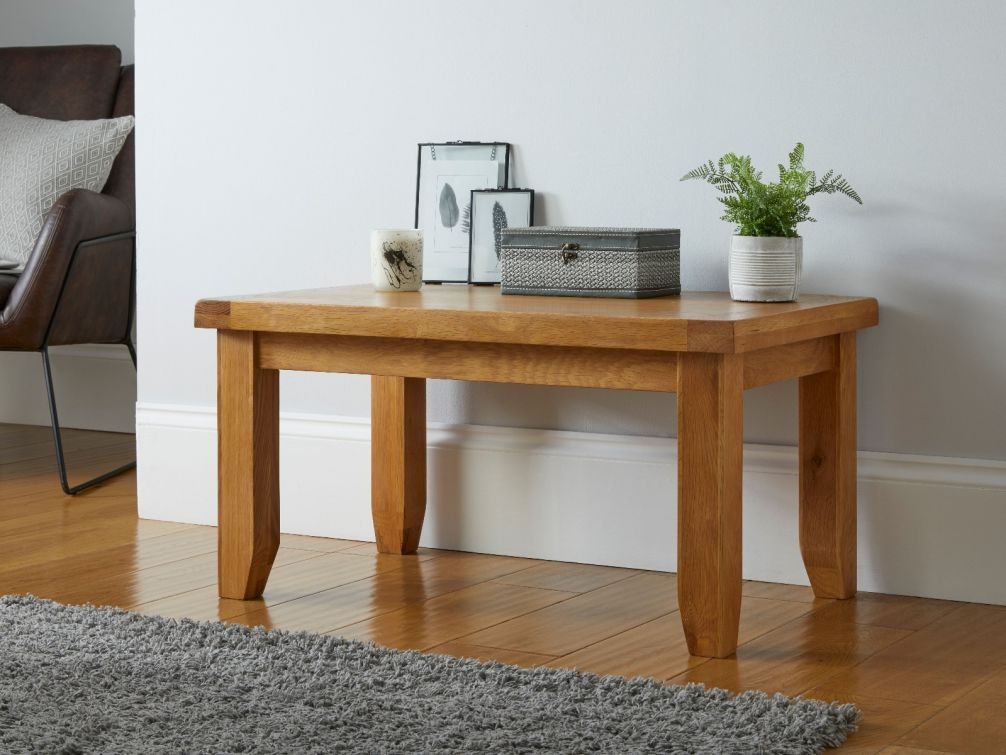 Country Oak 90cm Coffee Table
