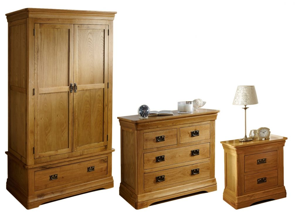 on sale ef22a b65dc Farmhouse Oak Bedroom Furniture Set - Double wardrobe, 2 over 2 chest & 2  drawer bedside