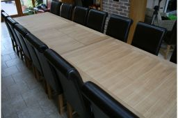2.8m 3.8m Tallinn Butterfly Extending Oak Dining Table