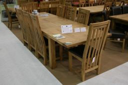 1.8m - 2.3m - 2.8m Country Oak Double Butterfly Extending Dining Table (Sq End)