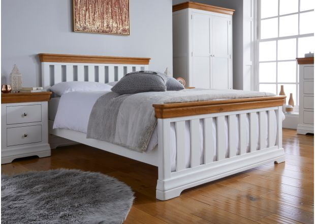 Farmhouse White Painted Slatted 5 Foot King Size Oak Double Bed
