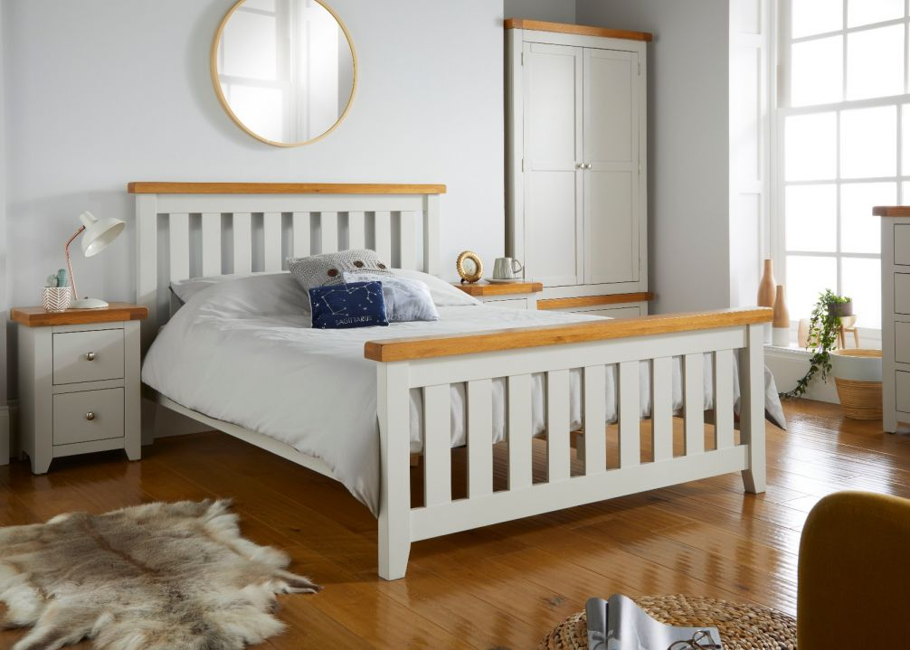 Cheshire Grey Painted Slatted Oak 4 foot 6 Inch Double Bed
