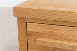 Baltic 40cm 40cm Small European Oak Lamp Table With Drawer