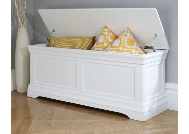 Toulouse Large White Painted Blanket Storage Box Ottoman - SUMMER SALE
