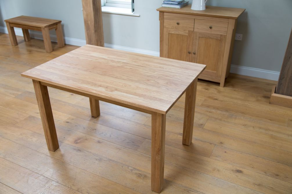 Minsk Solid Oak Extending Table 1 2 1 6m