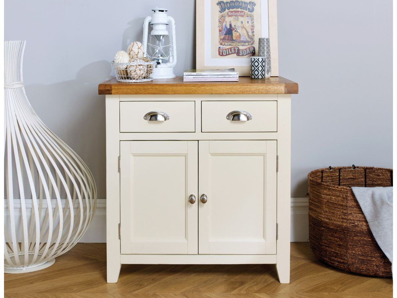 small cream painted oak sideboard 80cm country cottage free delivery top furniture. Black Bedroom Furniture Sets. Home Design Ideas