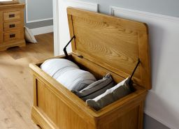 Farmhouse Country Oak Storage Blanket Box