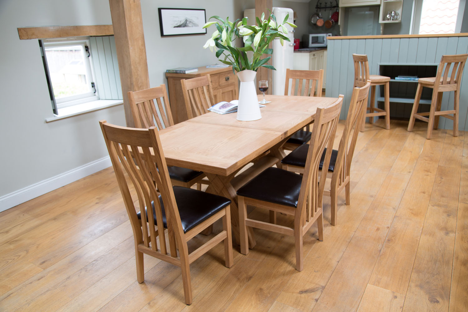 & 6 Seater Extending Oak Dining Table Set from Top Furniture