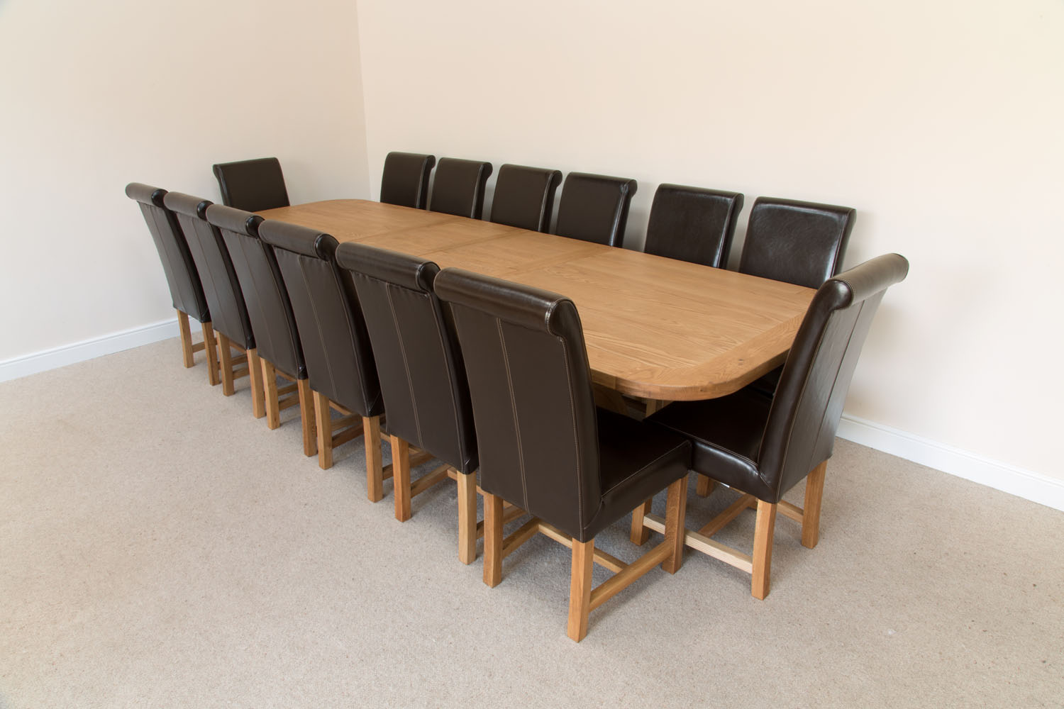 Picture of: Very Large 14 Seater Oak Dining Table Set Leather Chairs